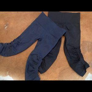2 pairs of Lululemon cropped leggings!